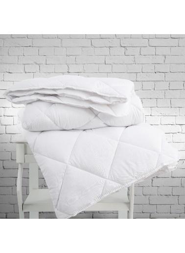 Marie Claire Yorgan-Çift Kişilik Rachel Mıcrofıber Yorgan 195*215 Cm Beyaz Beyaz